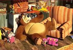 Маша и Медведь: найди звездочки…